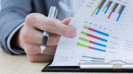 ۲۰۱۵۰۹۰۸۱۷۱۸۴۴-financial-report-investors-invest